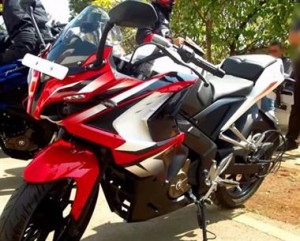 http://dekhnews.com/ Latest Bajaj Pulsar 200 SS Specifications Mileage Price In India