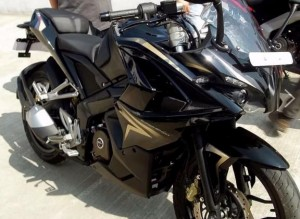 http://dekhnews.com/ Bajaj Pulsar 200 SS Images Wallpapers