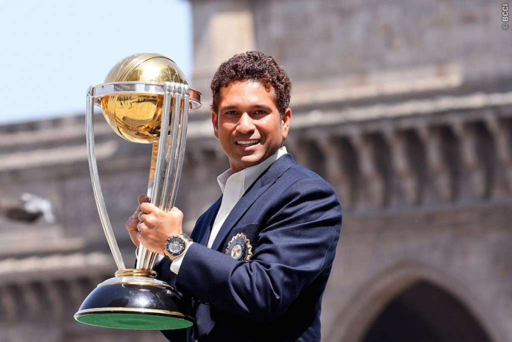 BCCI Announced The Decision To Give Sachin A Three Year Contract