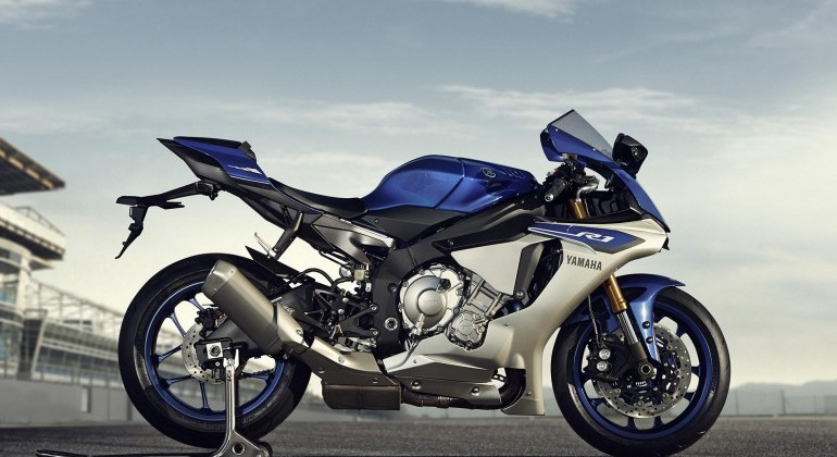 The New R1 Will Be Available In Two Guises With A Special M Version That Features Electronically Adjustable Ohlins Suspension And Hand Polished