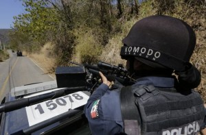 Gunfights Rocks on Mexican city of Reynosa on US border