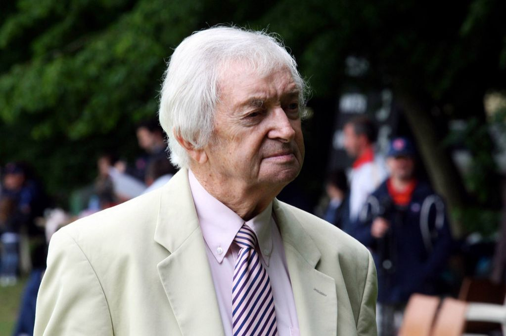 Cricketer Richie Benaud Passes Away at Age of 84