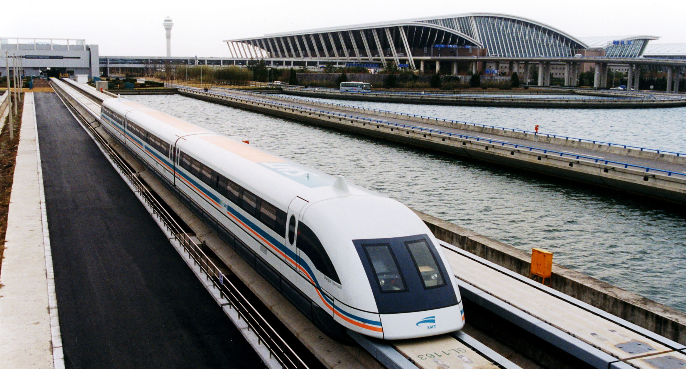 World Record Japan's Maglev Train Speed Recorded 590 Kilometers Per Hour