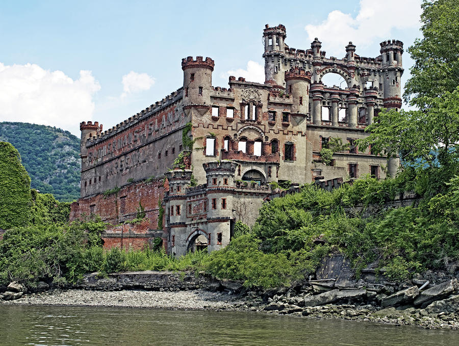 Bannerman Castle – Pollepel Island, New York