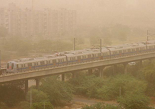 delhi Dust Storms Combined With Thundershowers