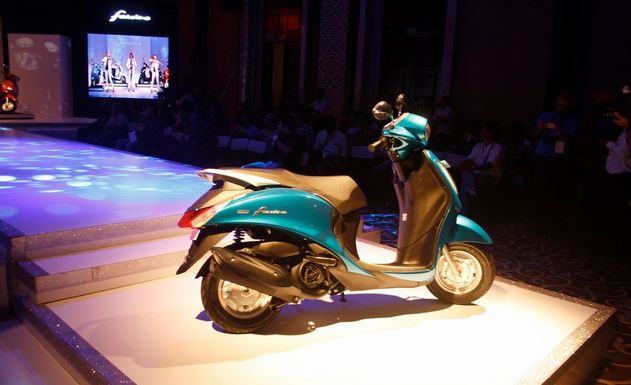 Yamaha Fascino 113cc Automatic scooter Specifications Priced in India at Rs 52,500