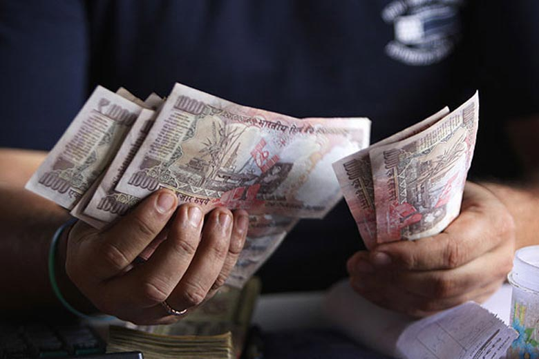 Indian Currency Rupee Goes up by 9 Paise Against Dollar in Early Trade