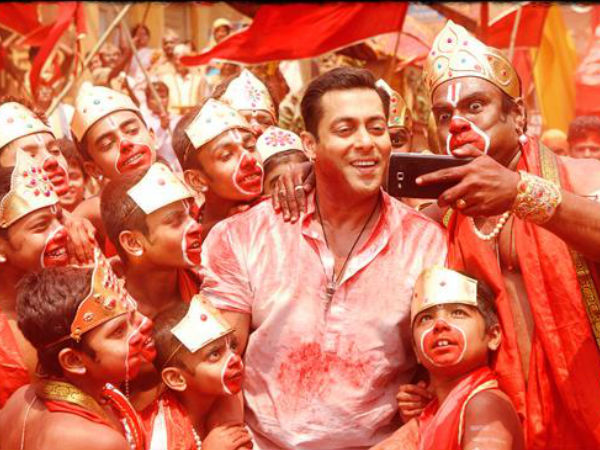 """Selfie Le Le Re"" New Song From Bajrangi Bhaijaan Releases"