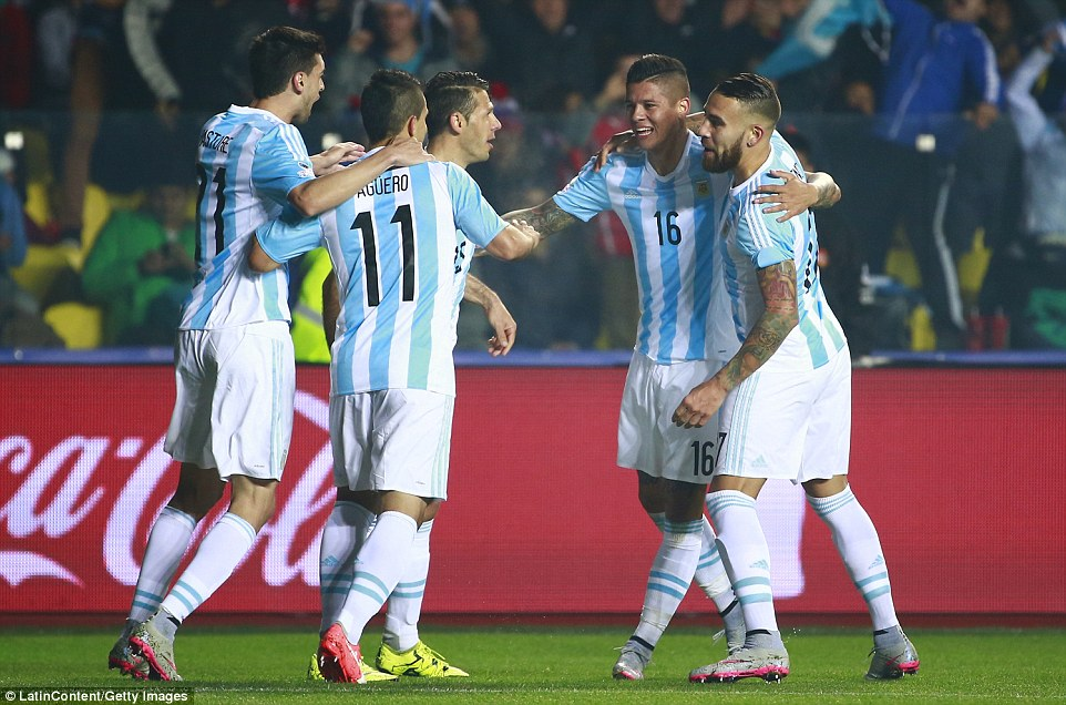 Argentina defeated Paraguay 6-1 goals