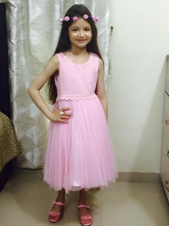 Harshaali Malhotra Wallpapers Pics Photos