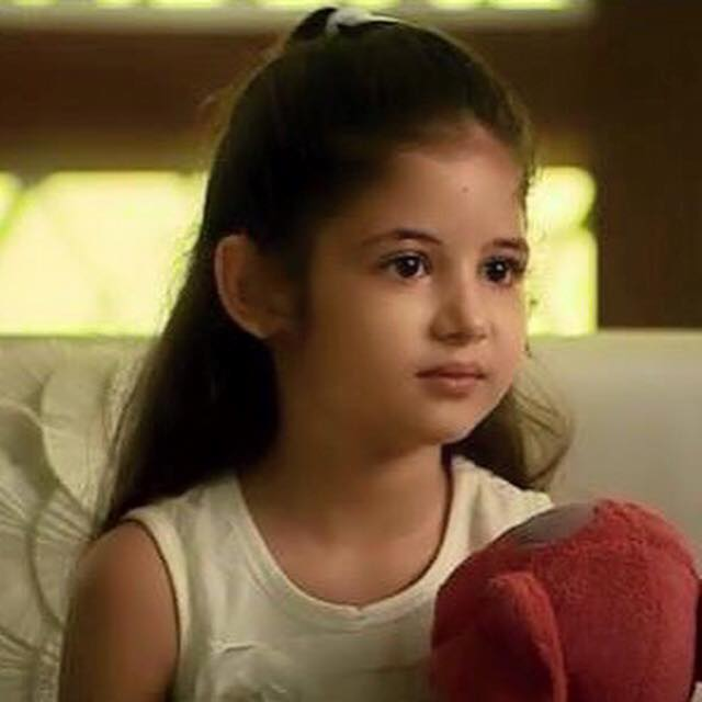 Harshaali Malhotra bb girl Images Wallpapers Pics Photos