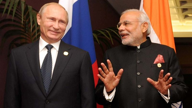 PM Narendra Modi & Russian President Vladimir Putin Hot Talk Onwards BRICS Summit