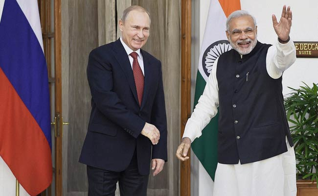 PM Narendra Modi & Russian President Vladimir Putin Talk On BRICS Summit