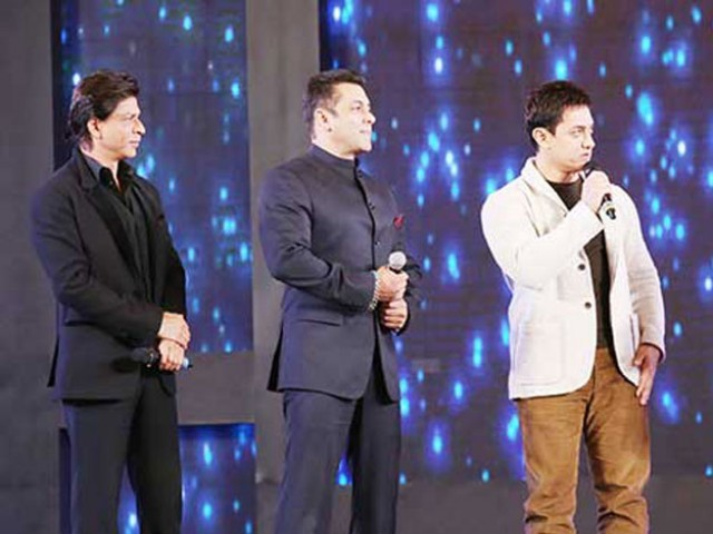 Salman Khan To Hold Special Screening Of Bajrangi Bhaijaan For SRK & Aamir Khan
