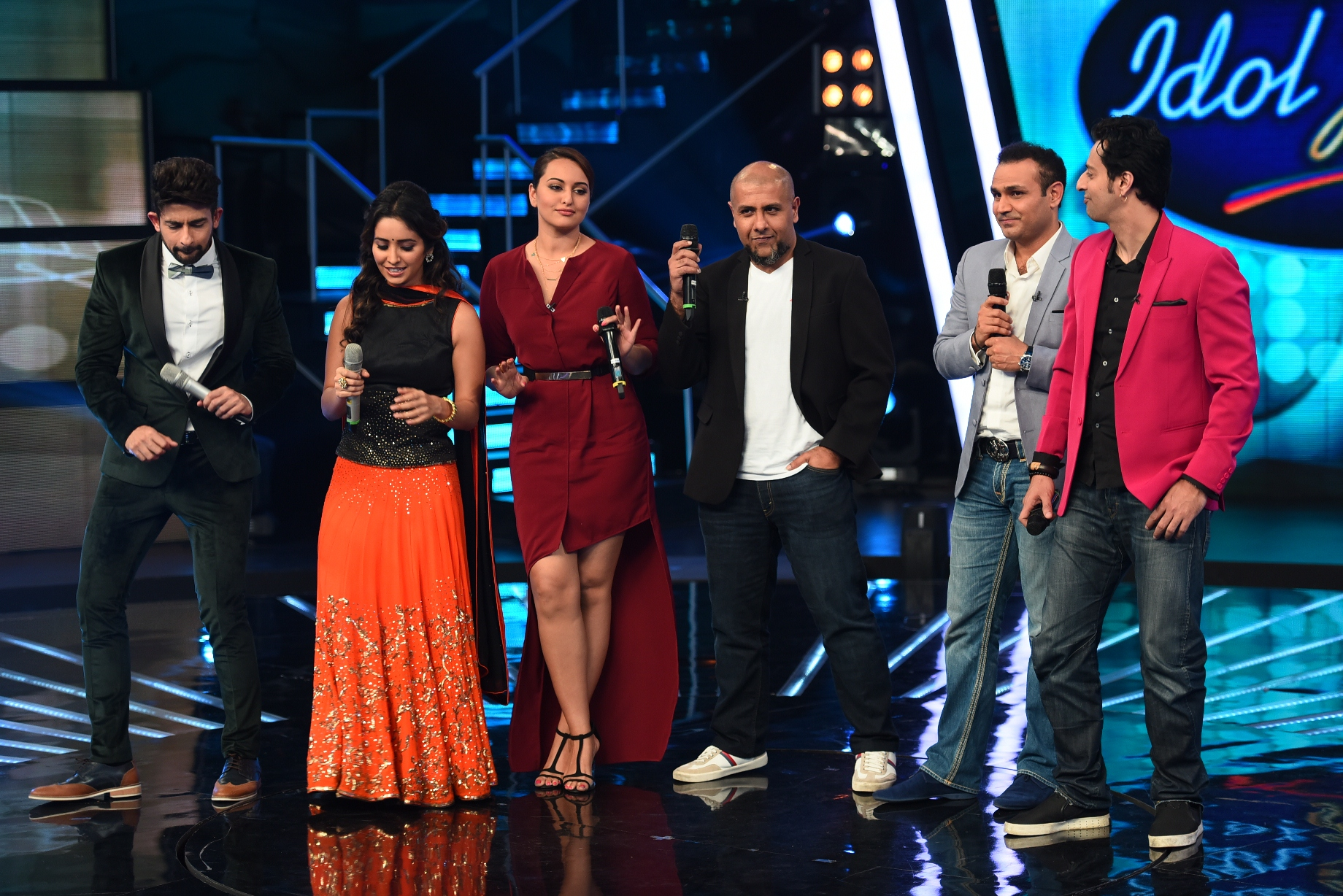 Virendra Sehwag On Sets Of Indian Idol Junior 2 Today Episode Video Top 9 Contestants
