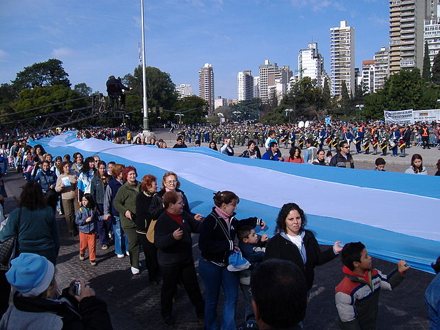 World's_longest_flag,_Argentina