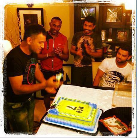 dhoni birthday pictures