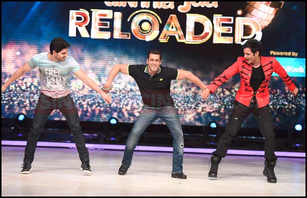 Salman Khan On Sets Of Dancing Reality Show Jhalak Dikhla Jaa