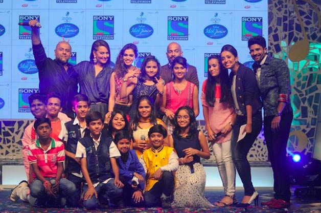 Today 1 August 2015 Episode Indian Idol Junior: Actress Sonakshi Sinha To Show Her Dancing Skill