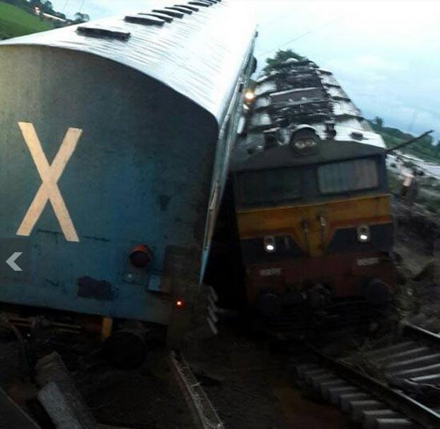 Two Trains got derailed railway track in mp 2015