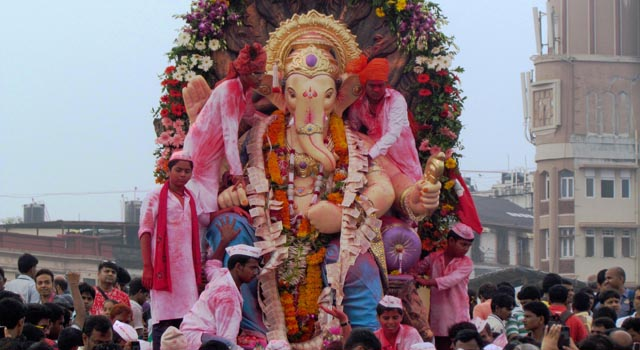 Ganesh Chaturti Alvida Photos