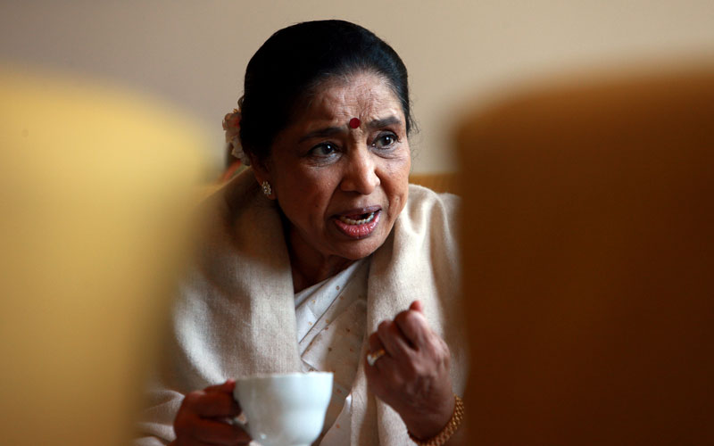 Singer Asha Bhosle's son Hemant Passes Away due to Cancer