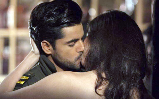 First Look Gautam Gulati Seen Kissing Hot Girl Images Wallpapers