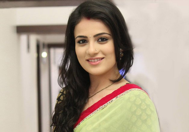Meri Aashiqui Tumse Hi Fame Radhika Madan Is In Hospital For Freak Accident