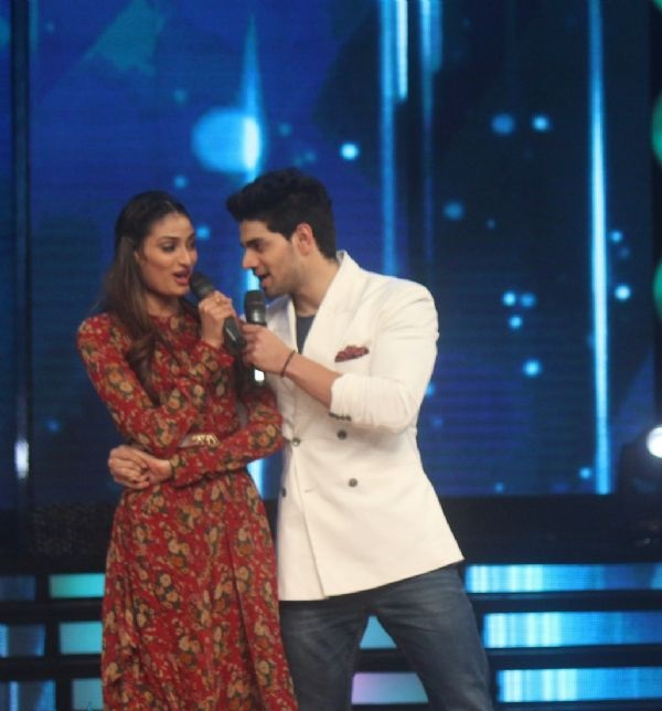 Sooraj Pancholi On Sets Of Dance India Dance Today Episode Details