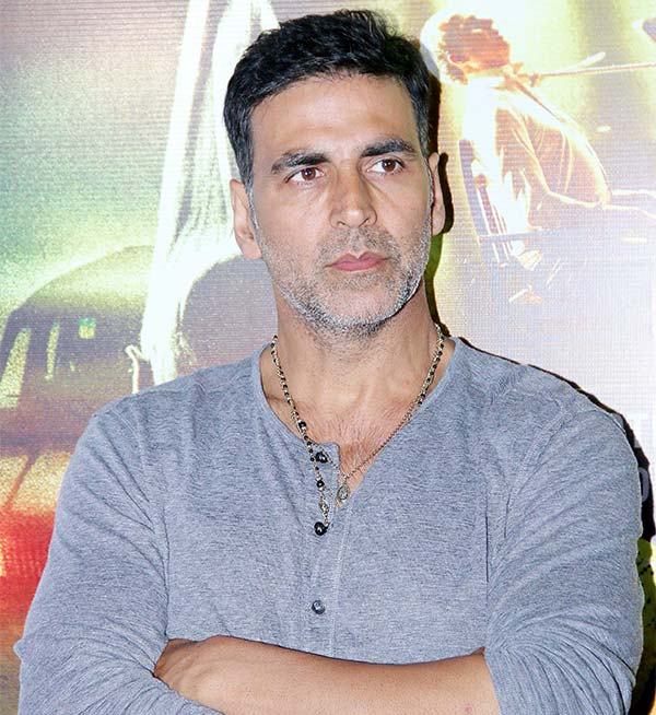 Superstar Akshay Kumar Signs New Movie Rustom