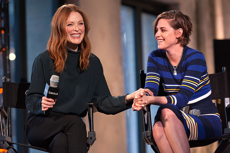 Julianne Moore : I Would Give Kidney To Kristen Stewart Over Robert Pattison