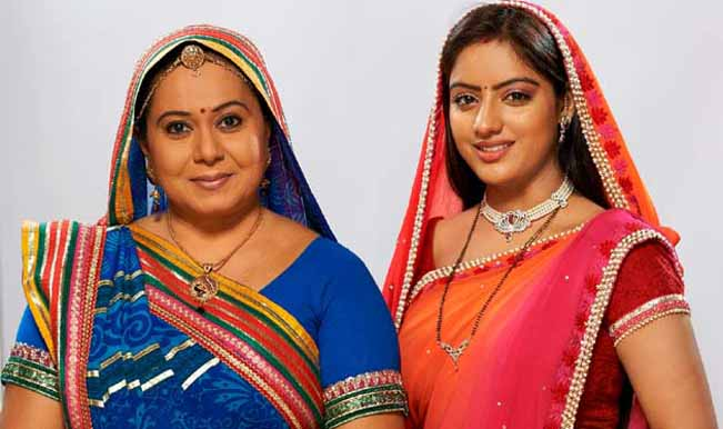 Sandhya Fights For Bhabho Diya Aur Baati Hum 29th December 2015 Episode