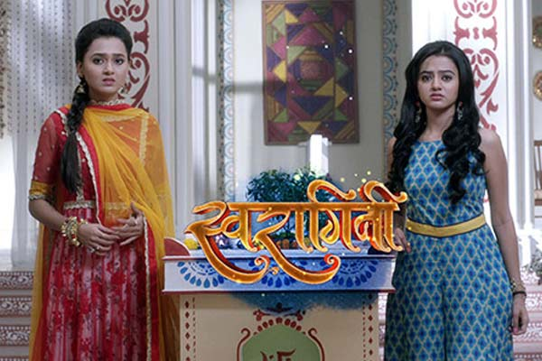 Swaragini 22nd Dec 2015 Episode Ragini Drives Swara Out From Maheshwari House