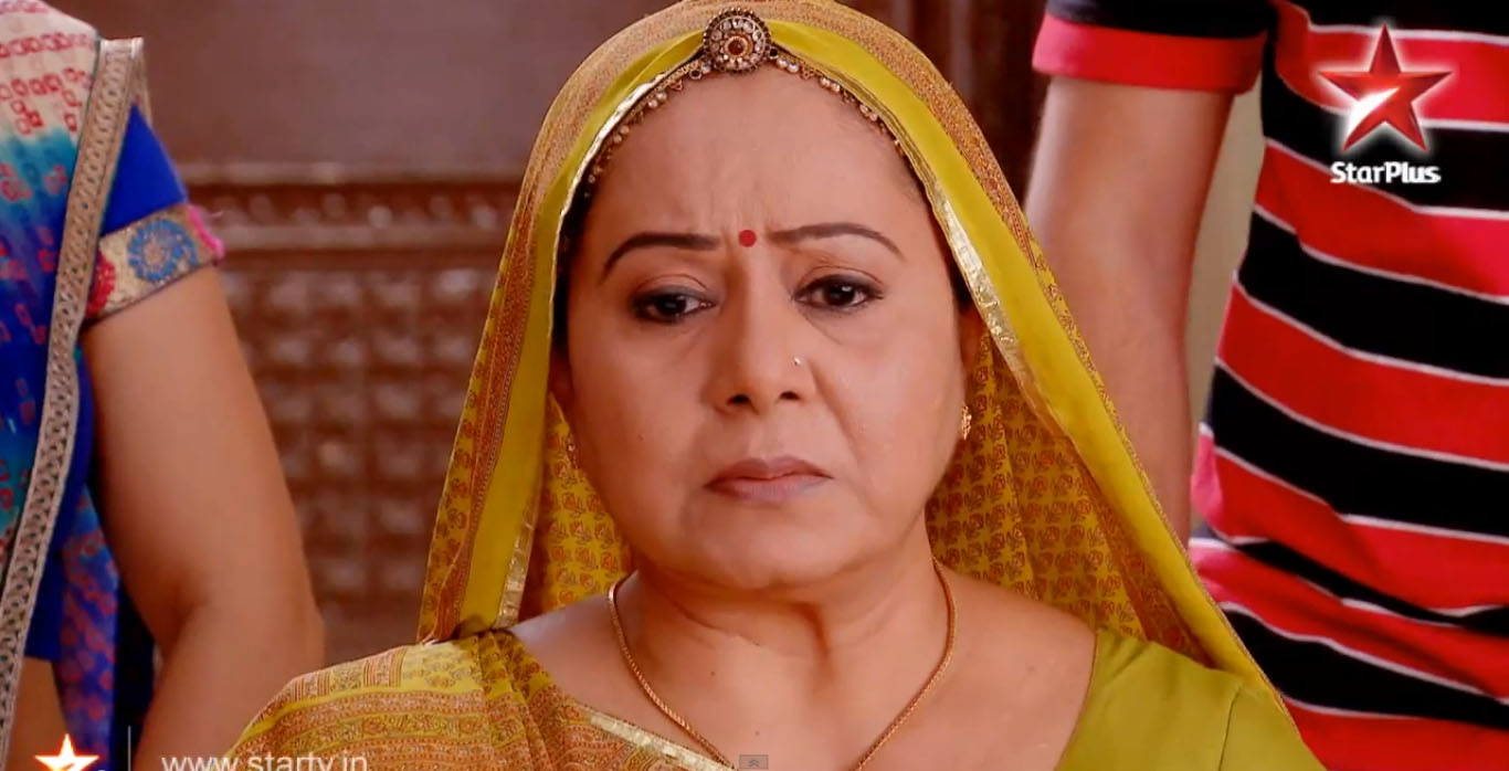 Bhabho In Hospital Diya Aur Baati Hum 17th November 2015 Episode