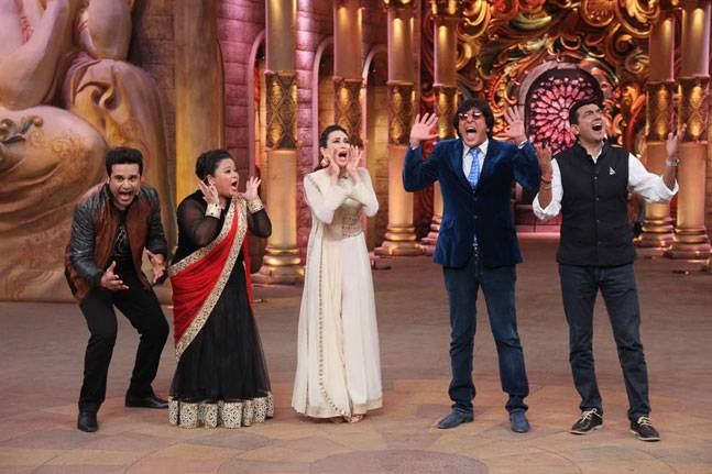 Comedy Nights Bachao 7th November 2015 Episode Guests Karisma Kapoor & Chunky Pandey