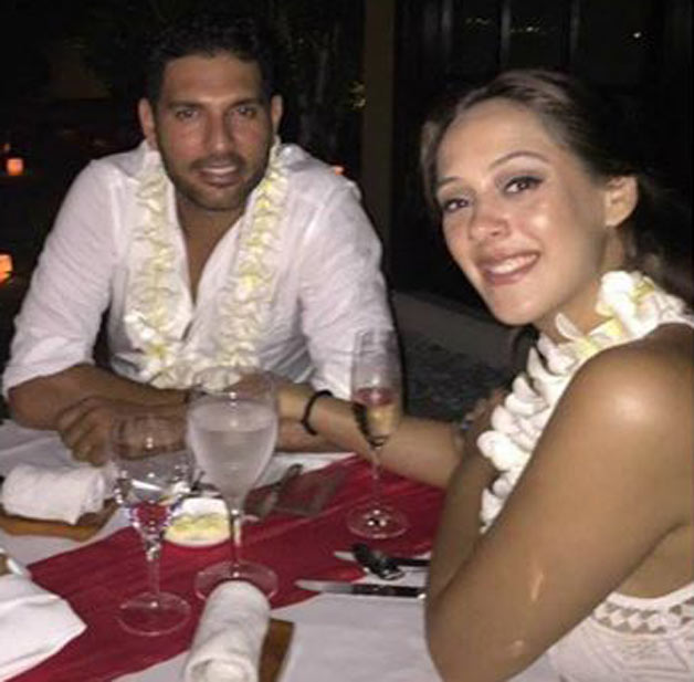 Cricketer Yuvraj Singh Gets Engaged With Actress Hazel Keech Images Photos Pics