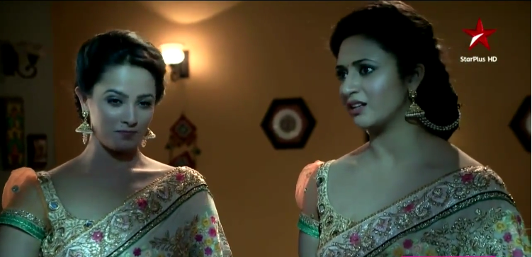 Shagun support Ishita! Yeh Hai Mohabbatein 25th December 2015 Episode