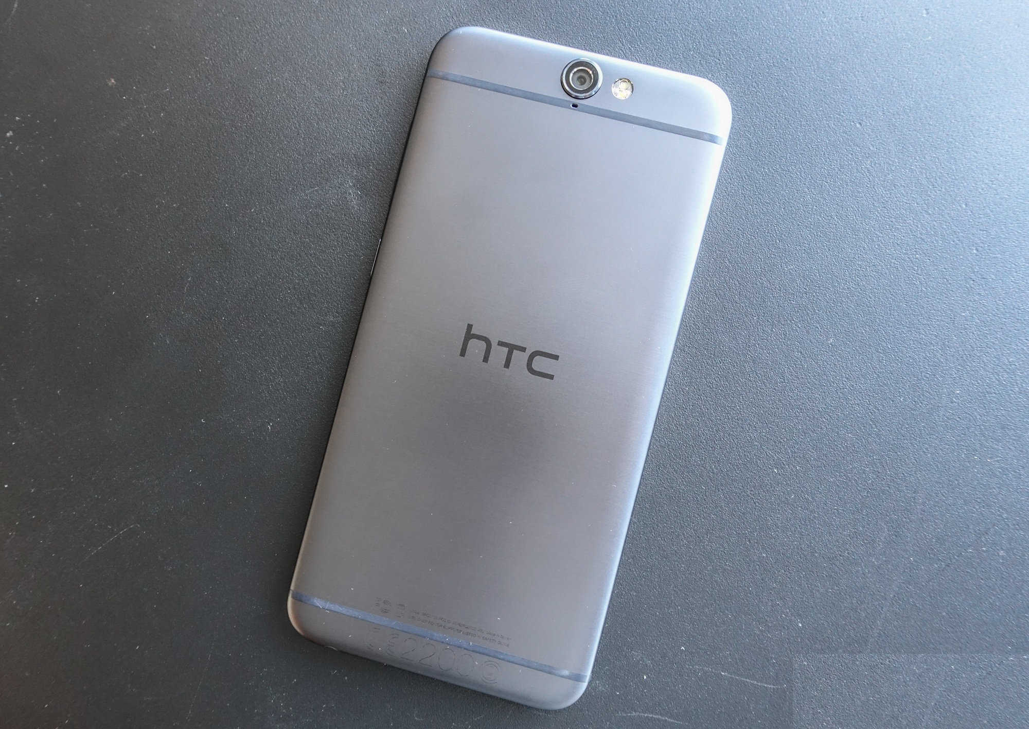 Smartphone HTC One X9 Leaked Images Pics Specifications Features Released Date Price