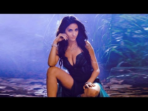 hot Nora Fatehi wallpapers