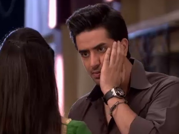 Romi insulted Niddhi! Yeh Hai Mohabbatein 29th February 2016 Written Updates