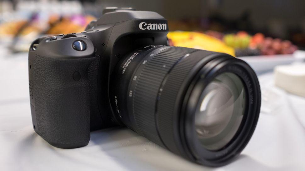 Canon EOS 80D-11-970-80