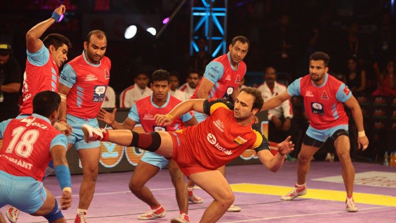 Pro Kabaddi League 2016 Patna Pirates vs Bengaluru Bulls Match 31
