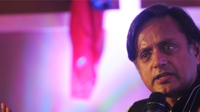 Shashi Tharoor: Wants an India with both Krishna and Kanhaiya Kumar