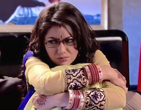 Pragya Is Helpless In Front Of Abhi! KumKum Bhagya 5th March 2016 Saturday Episode Written Update