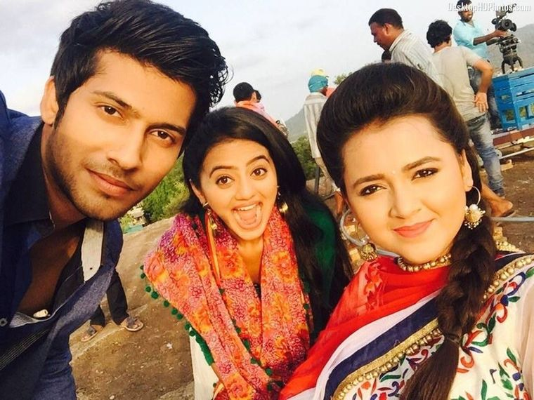 Laksh gets shot by the Inspector! Swaragini 29th March 2016 Episode Written Update