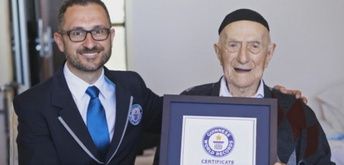 112-year-old Israeli Named 'Oldest Man on Planet' by Guinness World Records