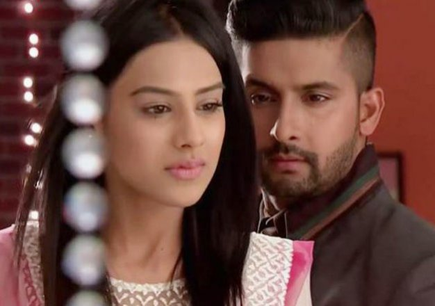 Sidharth Save Roshni! Jamai Raja 8th March 2016 Tuesday Episode Written Updates