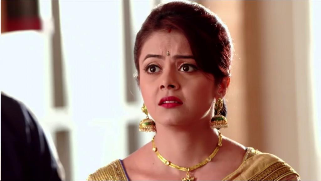 Gopi saved Kokila's life! Saath Nibhana Saathiya 12th March 2016 Episode Written Updates