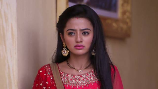 Kavya Plans To Trap Swara! Swaragini 15th March 2016 Episode Written Update