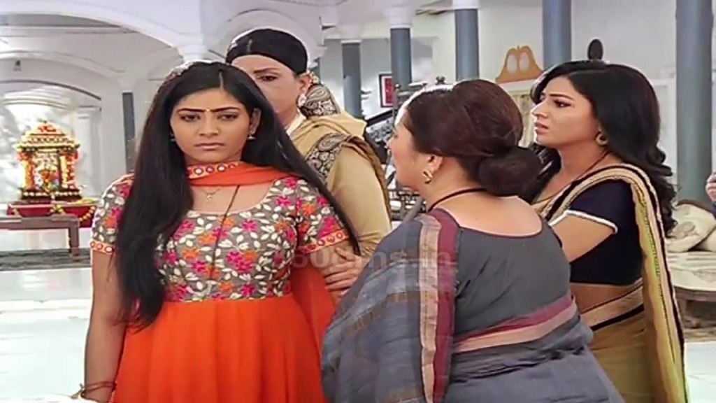 Yuvraaj Will Marry Barbie! Suhani Si Ek Ladki 9th March 2016 Episode Written Updates